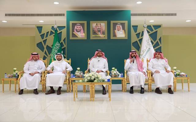 وزير: السعودية تطلق تأشيرات عمل بشروط جديدة الشهر المقبل