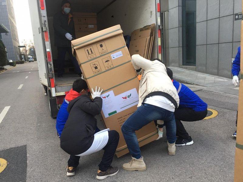 وصول دفعة جديدة من المساعدات السعودية عبر مركز الملك سلمان للإغاثة إلى مدينة ووهان الصينية