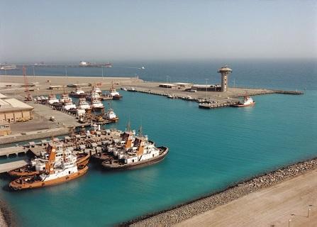 رفع طاقة مزاولة ميناء الملك فهد إلى 100 مليون طن