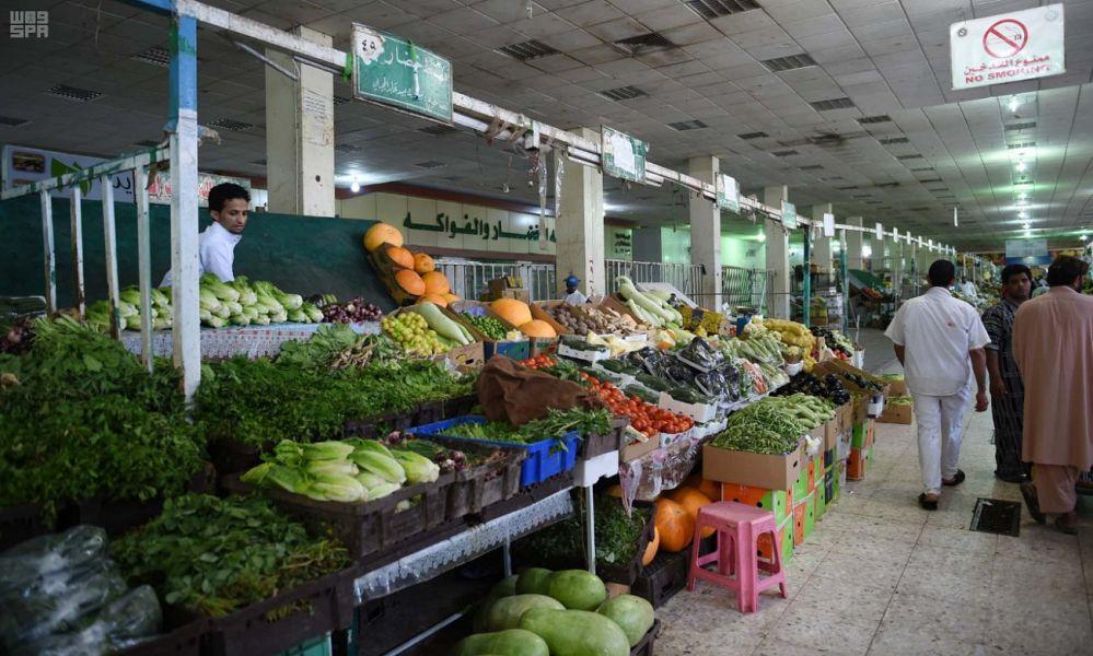 الأسواق والمجمعات التجارية بالمدينة المنورة تشهد إقبالًا من المتسوقين استعدادًا لشهر رمضان