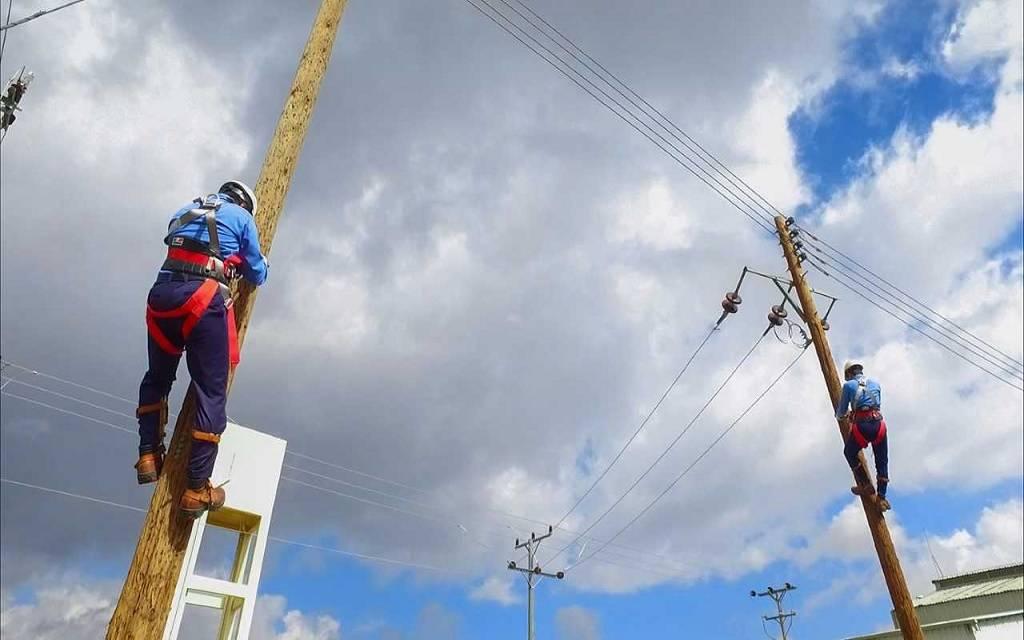 الطاقة السعودية تؤكد عودة التيار الكهربائي للعمل بعد انقطاعه بالجنوب