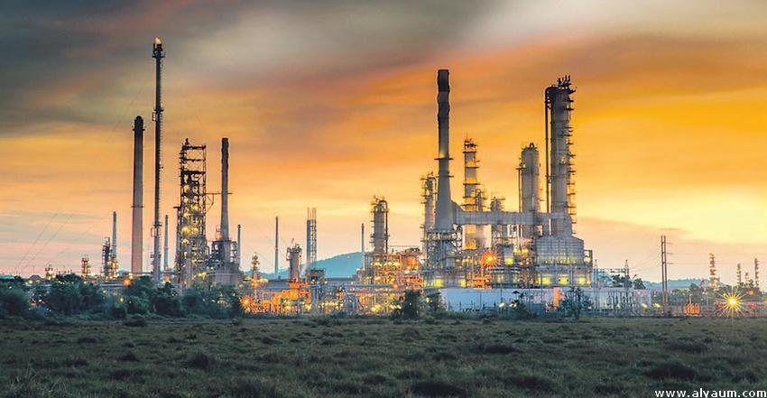 المملكة والإمارات تستثمران في البنى التحتية لاقتصادات النفط الخليجية