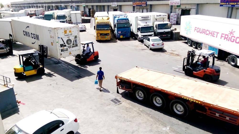 «النقل»: 5 آلاف غرامة تحصيل أجرة وقوف الشاحنات دون 12 ساعة