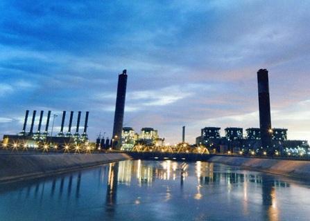 السعودية للكهرباء تخطط لتنفيذ مشاريع بطاقة 4.500 ميغاوات