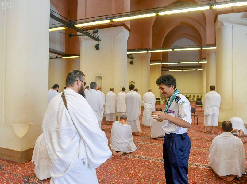 الجهات الحكومية بالمدينة المنورة تواكب تفويج الحجاج من ميقات ذي الحليفة إلى مكة المكرمة
