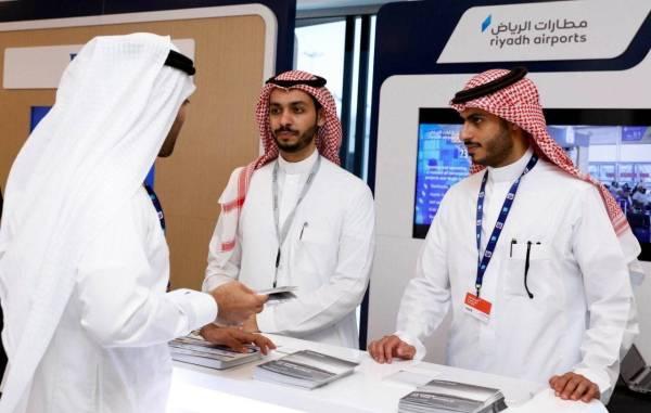 «مطارات الرياض».. تستعرض المشاريع والفرص لـ 1300 جهة عالمية في «دبي للطيران»