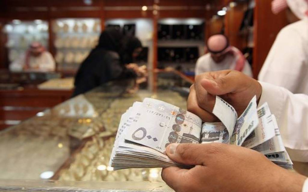 Saudi Labor: There is no minimum wage for workers in the private sector
