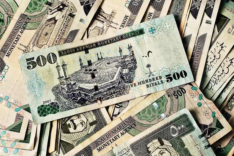 أعلى 10 دول ارسالا للحوالات المالية.. والسعودية بالمرتبة الثانية