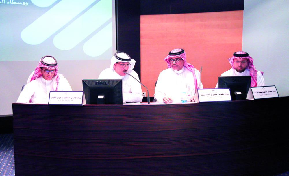 تشكيل لجنة لتنظيم قطاع النقل الخفيف و«توصيل الطلبات»