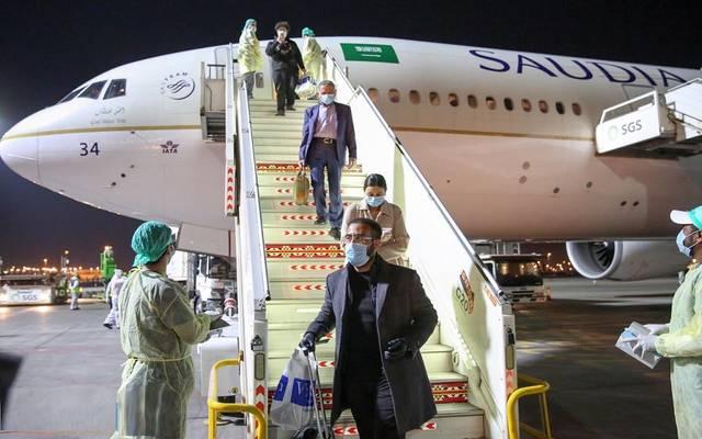 المطارات السعودية تستقبل المواطنين القادمين من الخارج