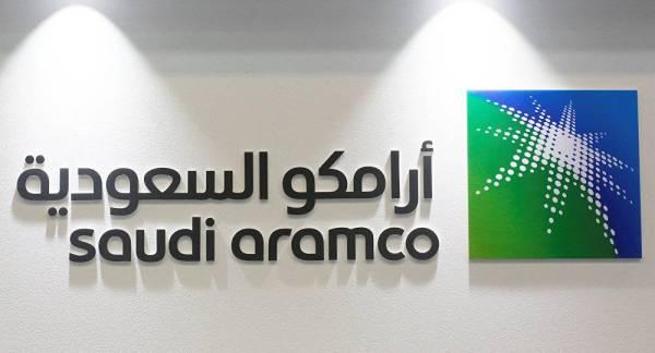 «أرامكو» و«سيمبرا» توقّعان اتفاقية لتصدير الغاز المُسال