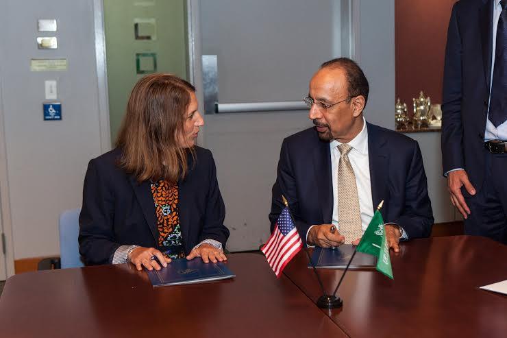 توقيع مذكرة تفاهم بين الصحة السعودية والأمريكية لنقل أحدث التقنيات الطبية