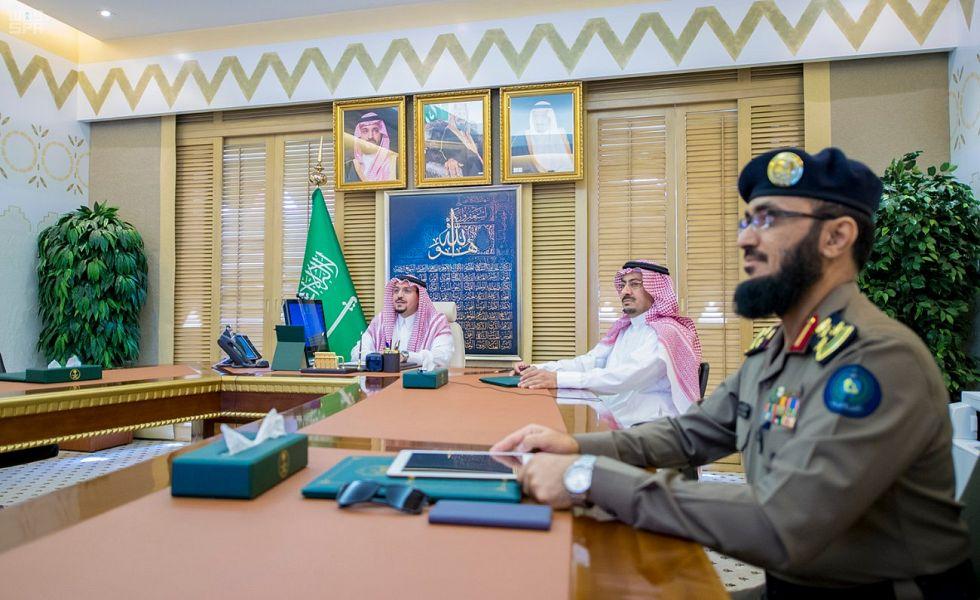 سمو أمير منطقة القصيم يدشن مركزي الدفاع المدني بالسالمية والبصر