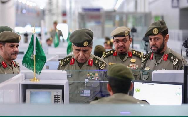 الجوازات السعودية توضح حقيقة السماح للعسكريين بالسفر دون وثيقة إجازة