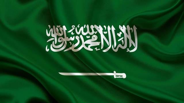 السعودية تدعو مواطنيها المتواجدين بفرنسا لتسجيل بياناتهم لدى الخارجية